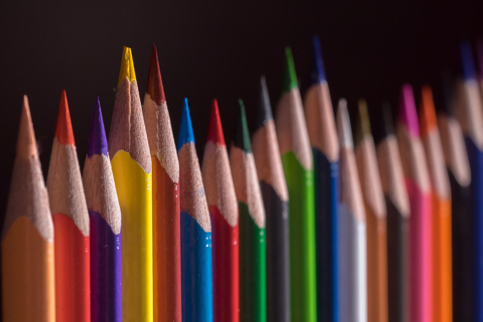 colored-pencils-656178_1920